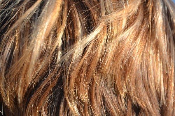 meche-pour-cacher-cheveux-blancs