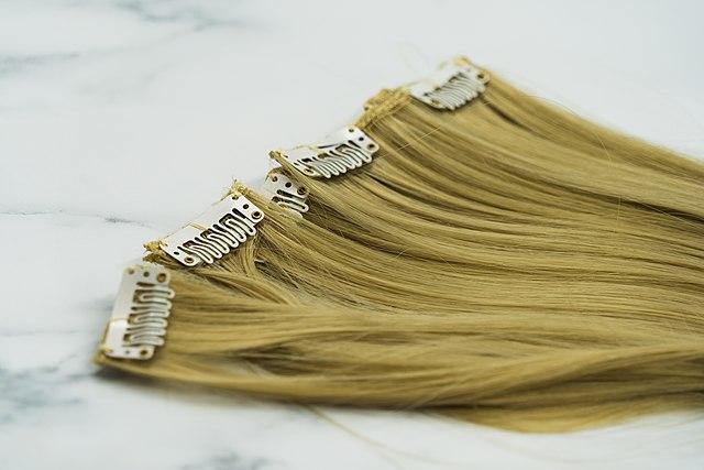 lentretien-des-extensions-de-cheveux
